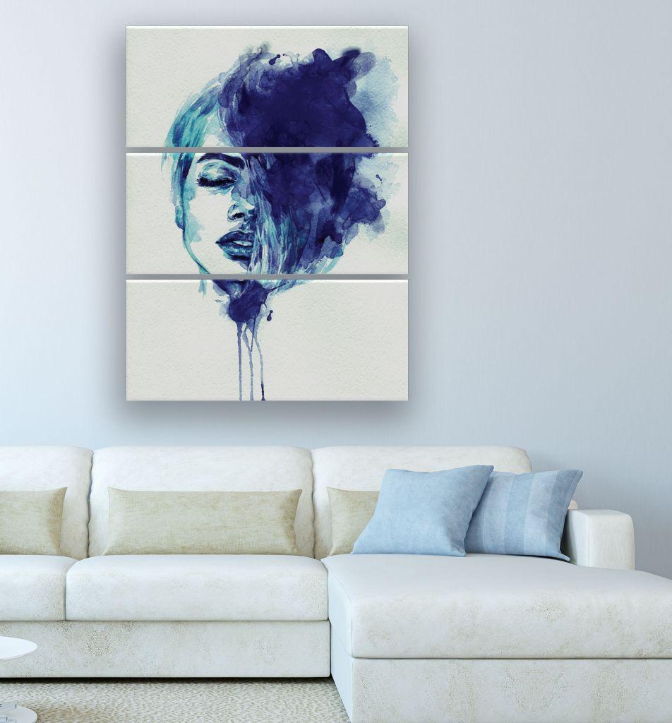 תמונת קנבס ציור של אישה בכחול מחולקת