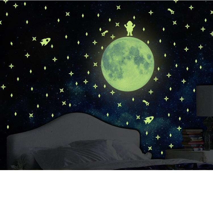 מדבקת קיר ירח וכוכבים זוהרים בחושך