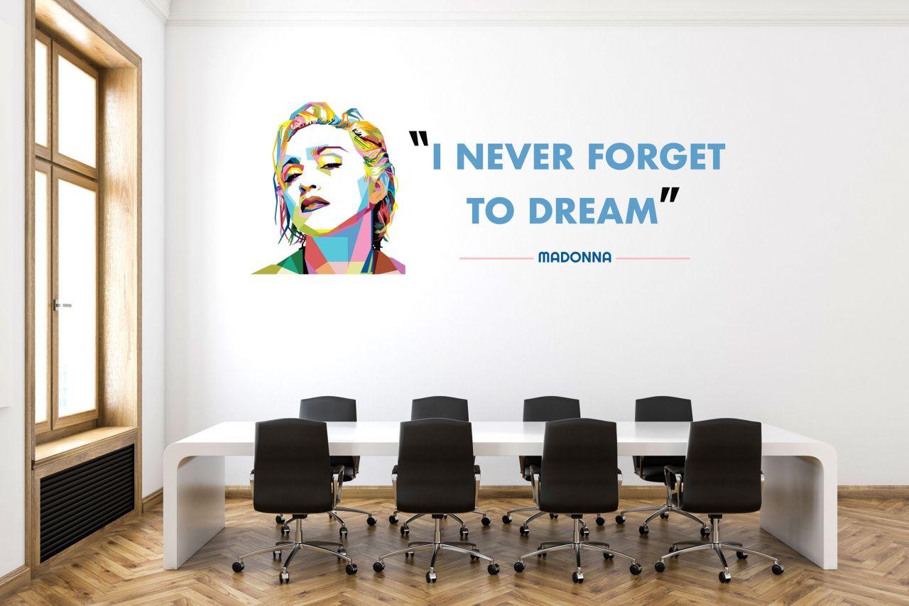 """מדבקת קיר משפט השראה ״i never forget to dream"""" באנגלית / עברית לבחירה"""