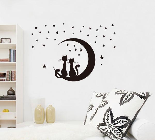 מדבקת קיר  חתולים על ירח וכוכבים