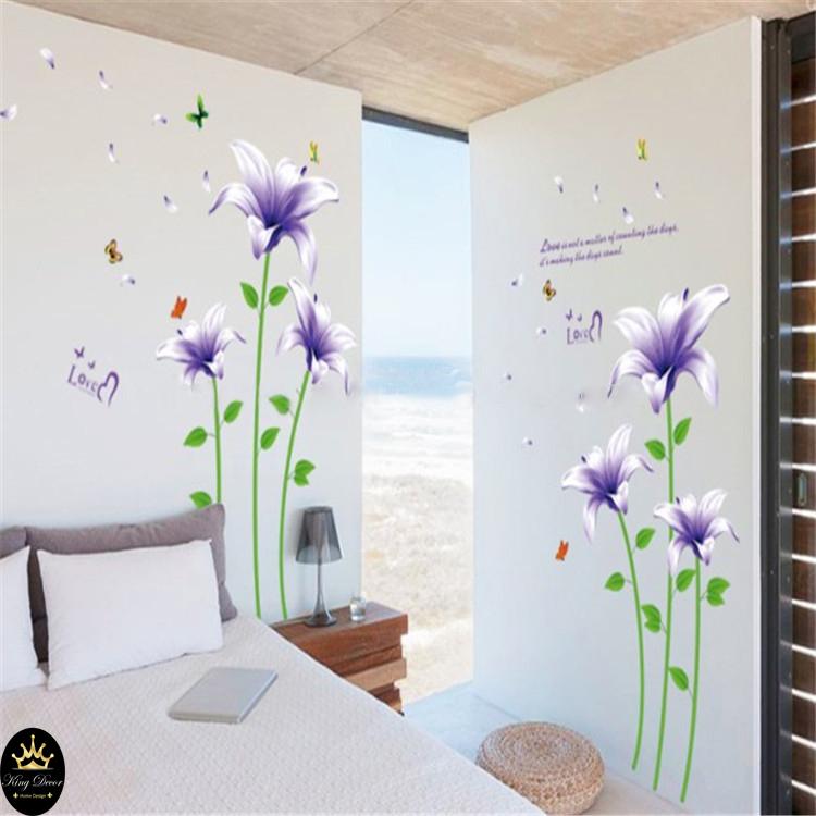 מדבקת קיר פרחים בסגול בהיר