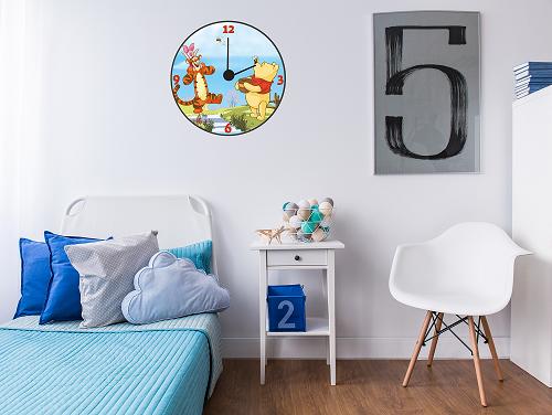 מדבקת קיר שעון פו הדב לחדרי ילדים