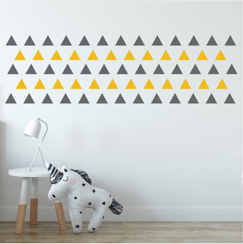 מדבקת קיר משולשים בצבעים לבחירה
