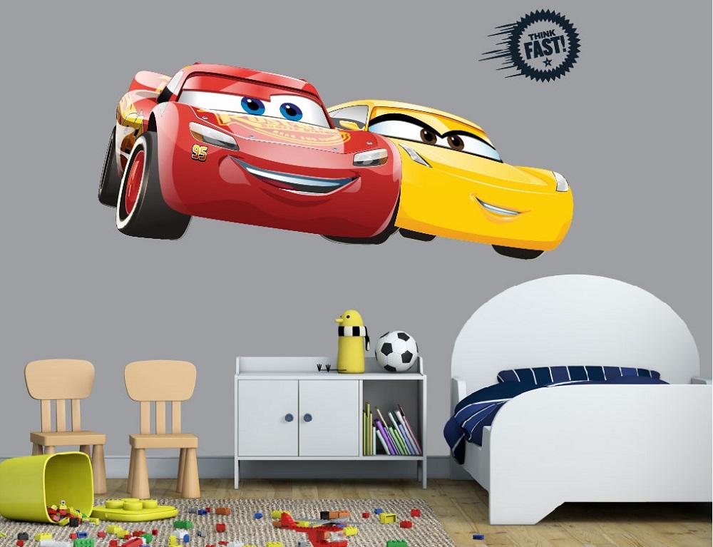 מדבקת קיר CARS לחדרי ילדים